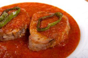 receta de atun con tomate al estilo huelva