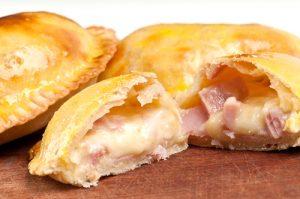 receta de empanadas argentinas rellenas de jamon y queso