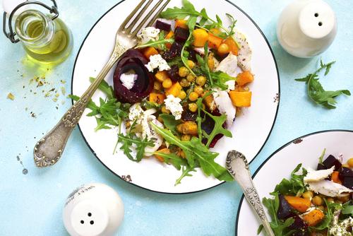 Receta de ensalada de garbanzos con vinagreta de naranja