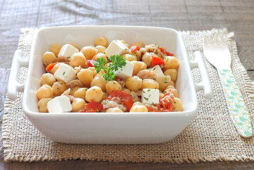 Receta de ensalada de garbanzos griega
