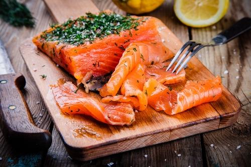 Receta de salmón marinado sin azúcar