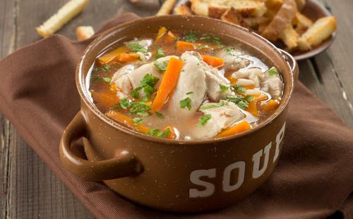 Receta de sopa de pollo y carne